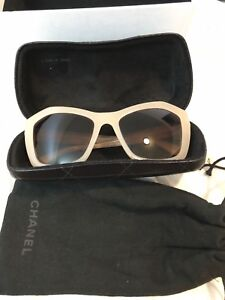 Channel sunglasses beige