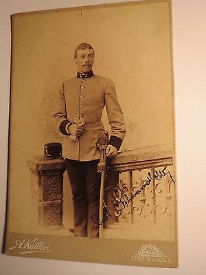 Linz & Ischl - Karl ? Schwandlober ? stehender Soldat in Uniform mit Säbel / KAB