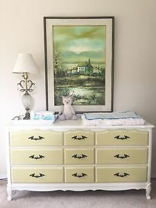 French Provincial Dresser Set