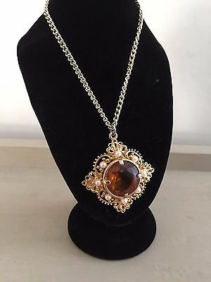 Vintage Gold Tone Ornate Gold Tone Amber Colour Bead Pendant & Chain