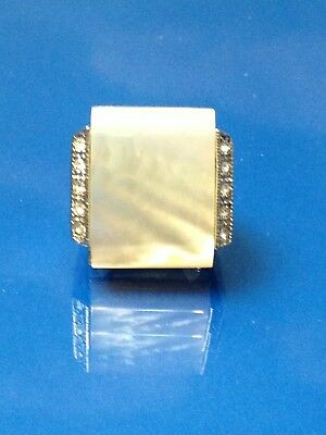 (WOMENS SILVER RING  GENUINE MOTHER OF PEARL  BIG STONE  w/ CRYSTALS  size 9  NE)