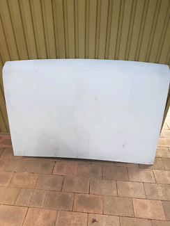 Nissan Navara car bonnet