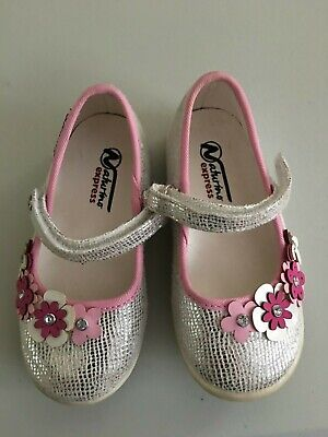 Naturino Toddler Girl Shoes (Naturino Sz 6 Mary Jane Shoes Silver Sparkles Pink Flowers Toddler Girl)