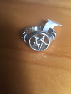 BRAND NEW Pentagram Goth Wiccan Ring