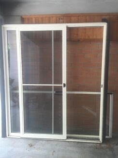 Sliding Door  Kangaroo Point Brisbane South East Preview