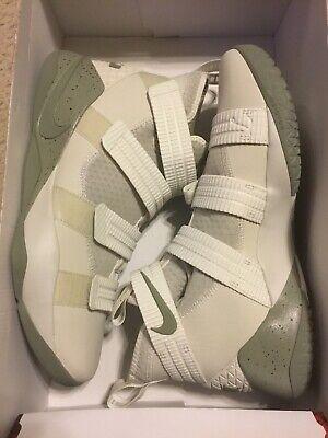 d8d68b4da6f1f Nike Basketball Shoes Lebron - 7 - Trainers4Me