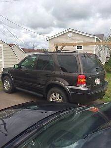 Selling 2006 Ford Escape XLT