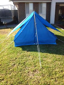 Tent 3 man 50 dollars ono Gillieston Heights Maitland Area Preview
