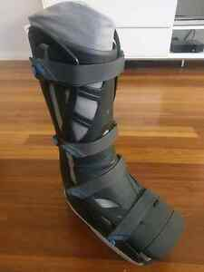 Vaco Medium Sized Adjustable Moon Boot Hilton West Torrens Area Preview