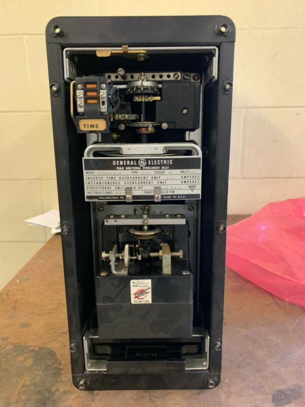 General Electric 12IBCV51E4A PHASE DIRECTIONAL OVERCURRENT RELAY