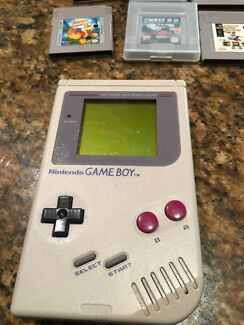 Game boy console comes with 8 games,Printer,Camera,Nightsight