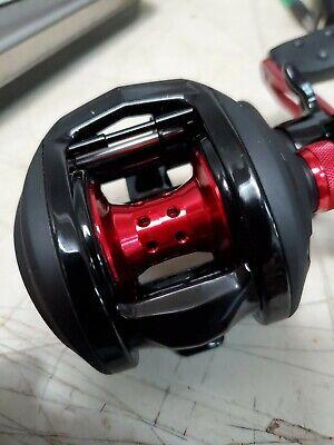 (NEW) Abu Garcia Black Max 3 Baitcast Fishing Reel free shipping