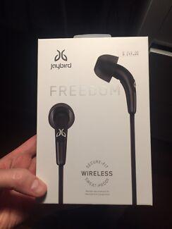 Jaybird Freedom in-ear wireless headphones