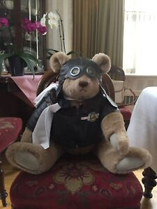 1982 Gund Bialosky Aviation Brown Bear