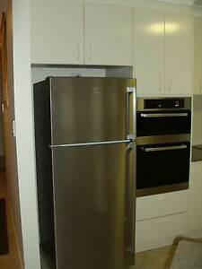 Second Hand Kitchen - Great Condition Tuncurry Great Lakes Area Preview