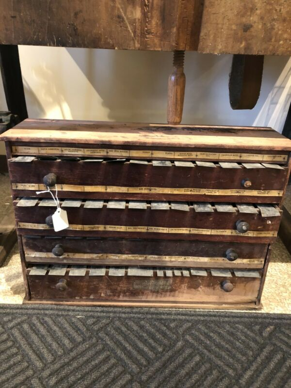 1906 Drug Store McCourt Label Cabinet Made in Bradford, PA 37 Bins, 4 Drawers