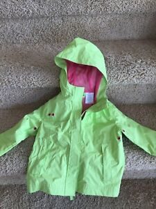 Light raincoat - 2yrs