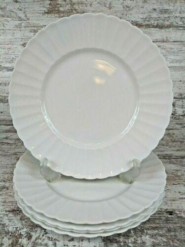Five Lovely Susie Cooper England White Flute Bone China Dinner Plates