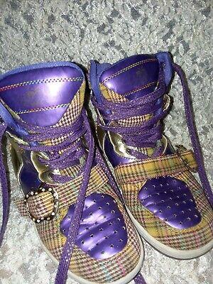 Womans Sneakers sz.6 APPLE BOTTOM high top - Apple Bottom Sneakers