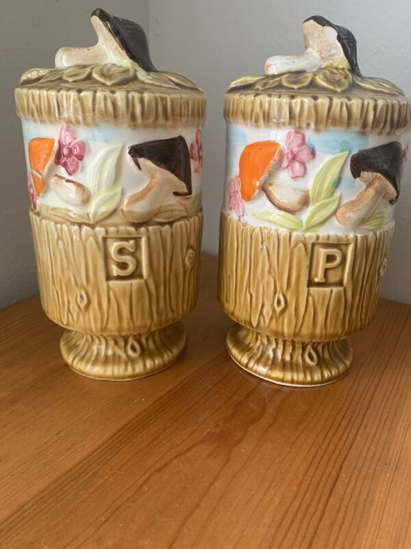 """Vintage Mushroom Salt And Pepper Shakers Large 7"""" X 4"""" Boho 1970's"""