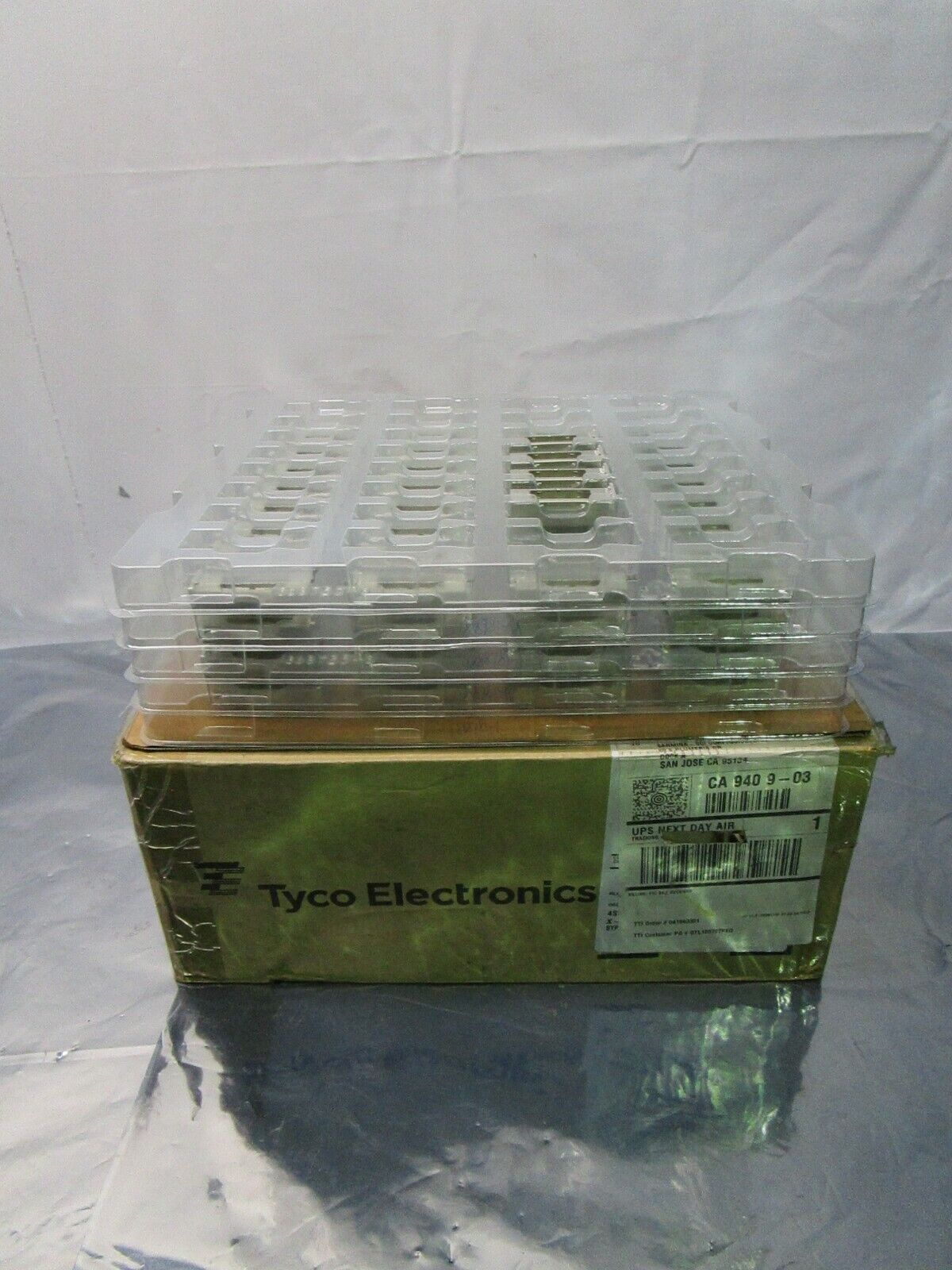 1 Lot of 132 TE Connectivity 1888781-1 I/O Connectors Cage Assy QSFP, 102357