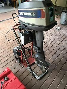 Evinrude 25hp Electric Start with Controls & New Cables Pooraka Salisbury Area Preview