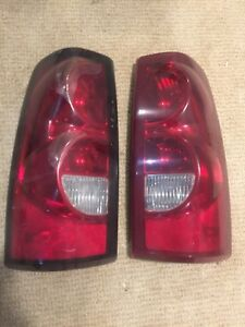 1999-2007 Chevy Silverado GMC Sierra tail lights