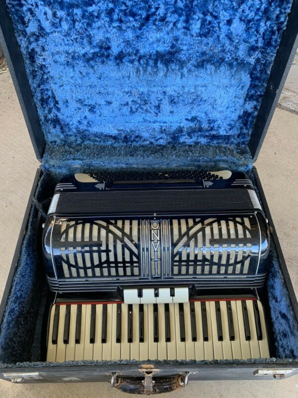 Vintage Black Titano Italy Piano Accordion with Case