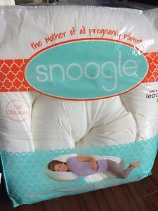 Pregnancy Pillow Snoogle with cover