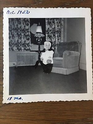 VTG 1950s PHOTO CUTE LITTLE BOY HOMEMADE HALLOWEEN COSTUME PUMPKIN CANDY - Pumpkin Costume Homemade