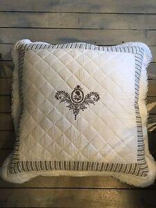 Fluer de Le European cushions Balgowlah Manly Area Preview