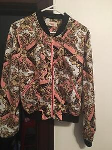 ***JACKETS IN GOOD CONDITION SIZE SMALL ALL $10*** East Victoria Park Victoria Park Area Preview