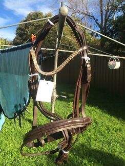 Bridle bling bling brown full Adamstown Newcastle Area Preview
