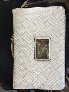 Kardashian wallet large Maitland Maitland Area Preview