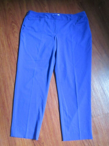 Liz Claiborne Women's Solid Berry Blue Flat Front Pants ~ Size 16 Career Dress