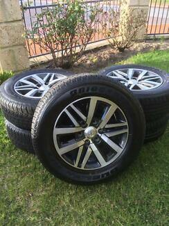 """Toyota Hilux SR5 18"""" Wheels and Tyres x5"""