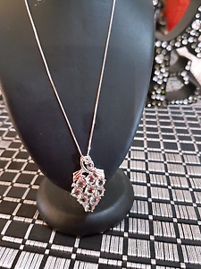 14k white gold Necklace & Pendent Newcastle Newcastle Area Preview