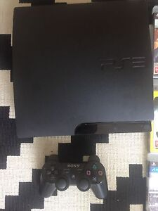 PlayStation 3, 11 games & accessories. Hyde Park Unley Area Preview