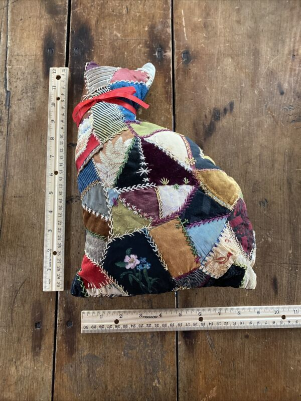 """Vintage Crazy Quilt Cat. Beautiful Details And Stitching. 12"""""""