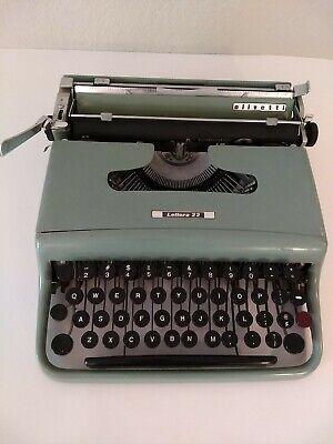 Vintage Olivetti Underwood Lettera 22 Blue Typewriter Ivrea Made in Italy Works!