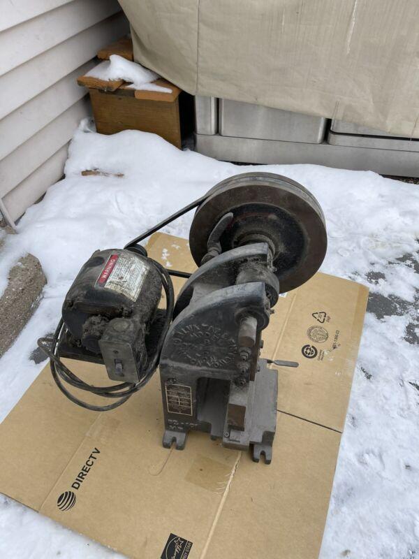 Vintage Alva F Allen 2 Ton Mechanical Bench Top Punch Press Model B2 Working