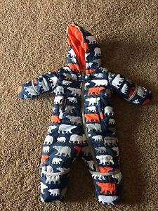 Hatley snow suit 6-12months  like new!