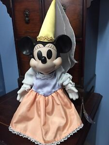 Minnie Mouse Wind-Up Musical Porcelain Doll