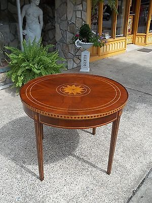 Fantastic Hepplewhite Style Game Table with Inlay In Mahogany 20thc