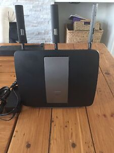 Linksys ea9200 highspeed Router  (retails for 269 plus tax)