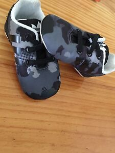 Baby shoes Broken Hill Central Broken Hill Area Preview
