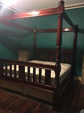 Four poster king size bed East Lismore Lismore Area Preview