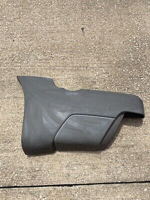2002-2005 AVALANCHE DRIVER SIDE QUARTER PANEL REAR MOLDING CLADDING BED GRAY OEM