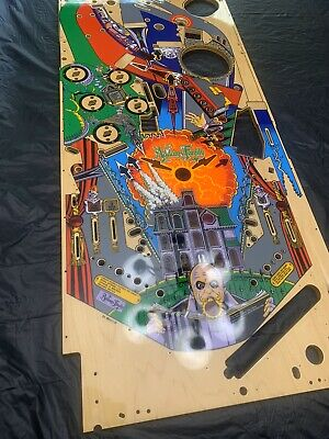 Addams family Pinball Playfiled