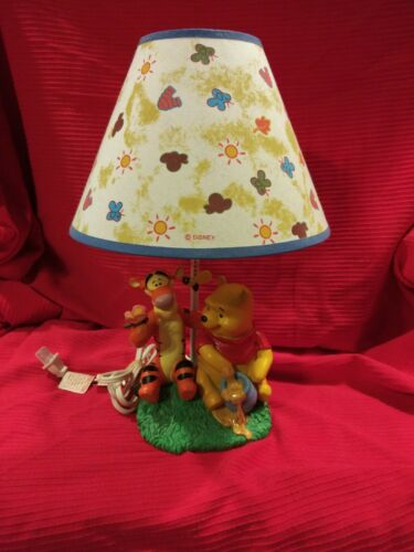 """Winnie the Pooh and Tigger Disney table Lamp 15"""" Tall"""